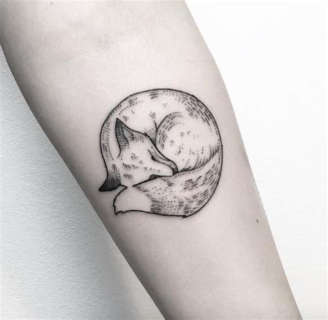 simple fox tattoo designs these 47 fox tattoos are the best you ll ever see