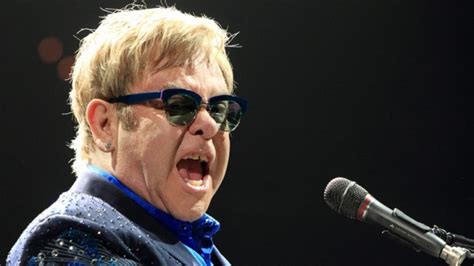 elton john ottawa elton john hits the stage in ottawa ctv news ottawa