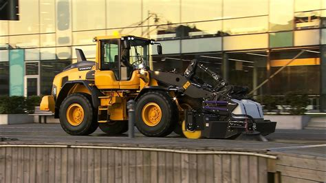 volvo  series wheel loaders match  attach youtube