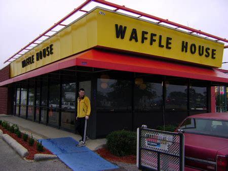 waffle house airline hwy waffle house baton 28 images waffle house diners baton la united states reviews