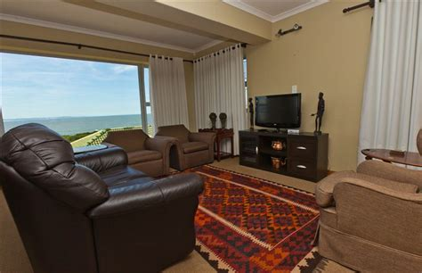 rooms for africa jeffreys bay dolphin accommodation jeffreys bay your cape town south africa