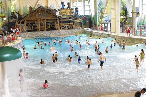 Qure Water Garden Grove Ca Hotel With Exclusive Indoor Water Park Is Rising Near