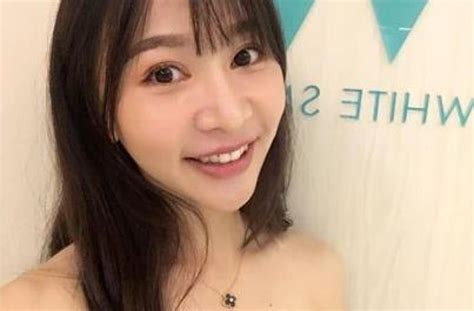 viral penjual mie ayam seksi nggak kalah sama anggota