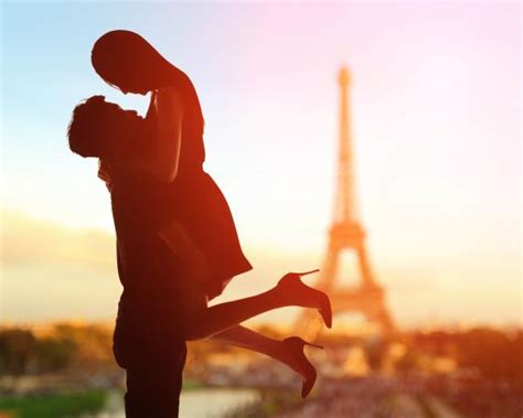 0008100594 when in french love romantic french phrases