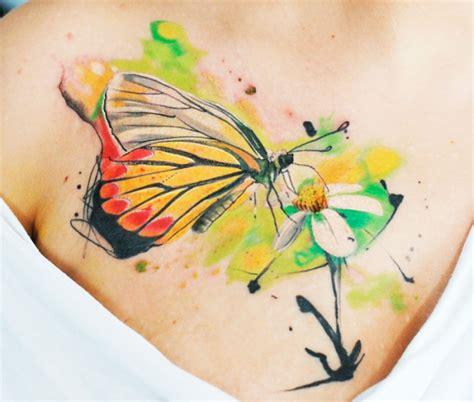 farfalle e fiori tatuaggi farfalle 200 foto e idee a cui ispirarsi