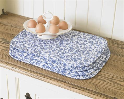 Place Mats Uk by William Morris Merton Blue 4 Quilted Cotton Floral