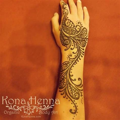 peacock henna tattoos 25 best ideas about henna peacock on