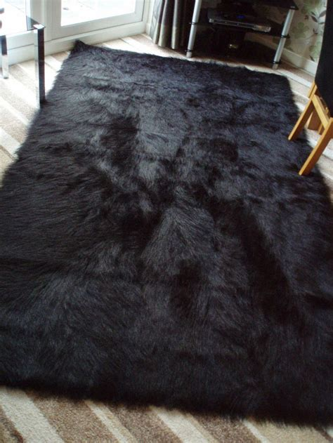 large faux fur rugs 25 best ideas about fluffy rug on white fluffy rug white fur rug and rugs for