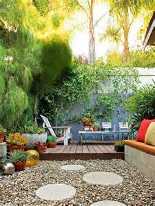 how to throw a summer backyard 20 small backyard garden for look spacious ideas home