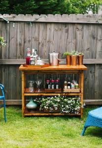 Diy Outdoor Bar Table 15 Awesome Diy Outside Bar Ideas