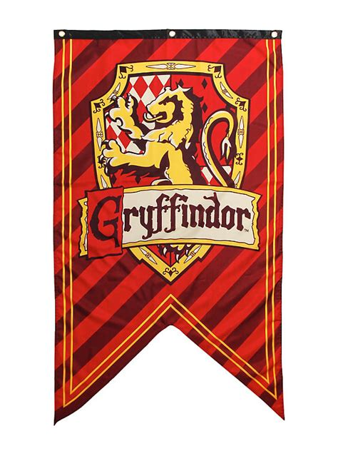 harry potter gryffindor shield banner topic exclusive