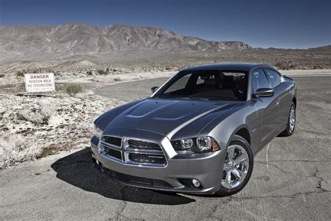 2011 charger awd review 2011 dodge charger r t max awd autosavant