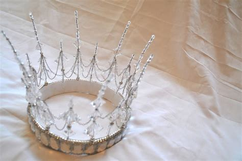 How To Make A Birthday Crown Out Of Paper - tutorial how to make tiara with chain and wire