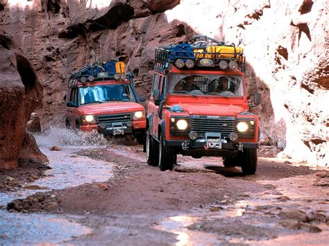 Topi Land Rover G4 Challenge g4 one live it