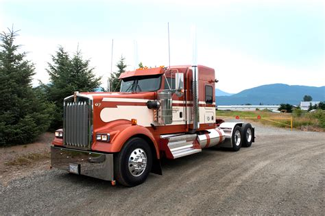 kenworth truck w900l bc big rig weekend 2010 pro trucker magazine canada s