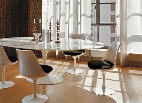 Marble Tulip Table By Eero Saarinen For Knoll Tulip Table