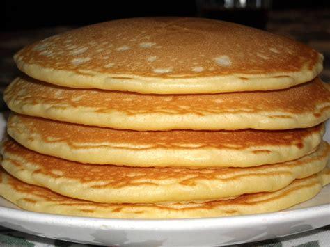come cucinare i pancakes la ricetta per preparare il pancake cucinaconitalia
