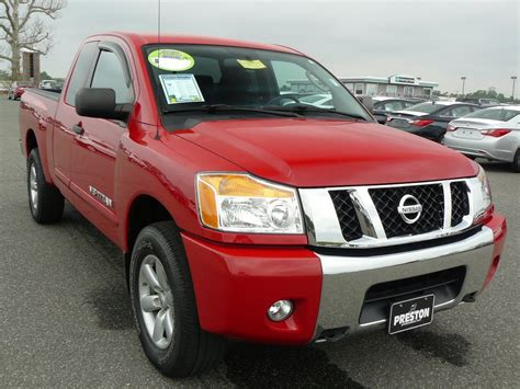 nissan truck titan red used truck for sale delaware nissan titan v8 4wd king cab