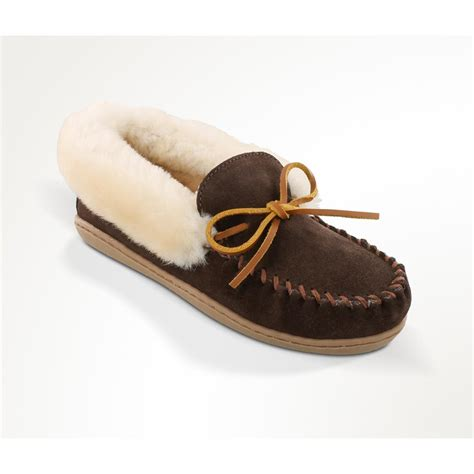 moccasin slippers s minnetonka moccasin alpine sheepskin moccasin
