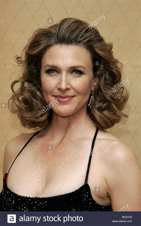 photos and pictures brenda strong 9th annual costume brenda strong 9th annual costume designers guild awards beverly stock photo 28955953 alamy