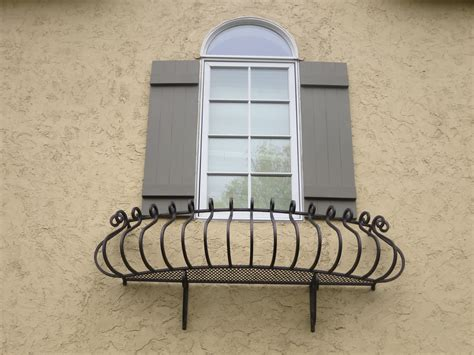 excellent home exterior decoration using glass window
