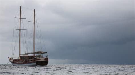 jacht z polakami jacht z polakami na pokładzie zaginął w tr 243 jkącie