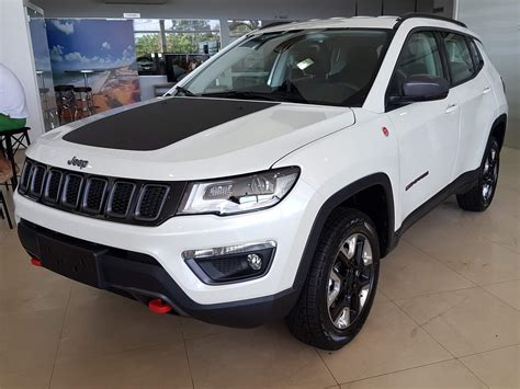 jeep compass trailhawk 2017 white jeep compass trailhawk fotos e v 237 deo da vers 227 o b 225 sica