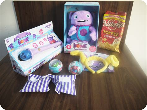 dreamworks home and toys review mummy and the cuties