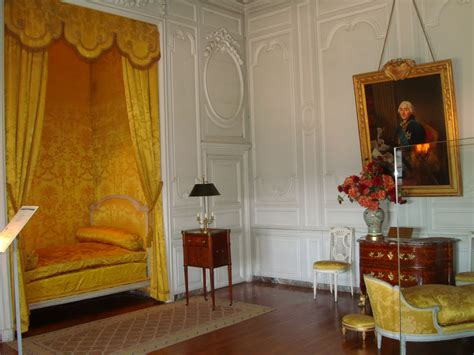Louis Xvi Interior by Versailles Black Design