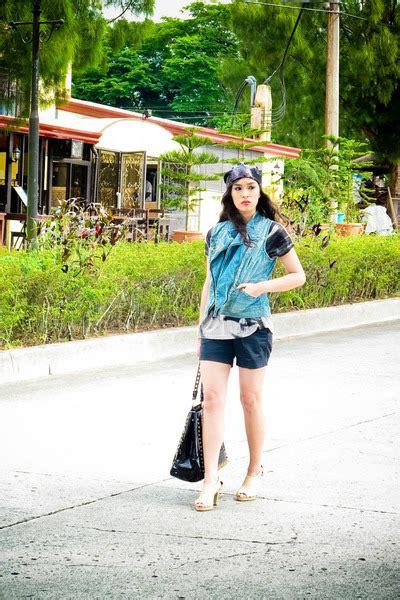 Gray Roza Top gray una rosa tops blue promod vests black zara shorts