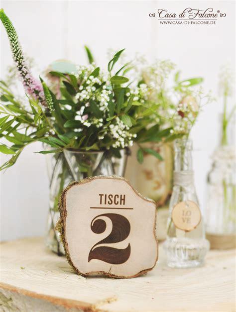 Tischdeko Mit Baumscheiben by Sch 246 Ner Heiraten Rustikale Tischdeko Mit Baumscheiben