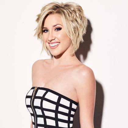 savannah chrisley knows best new haircut cast info chrisley knows best usa network