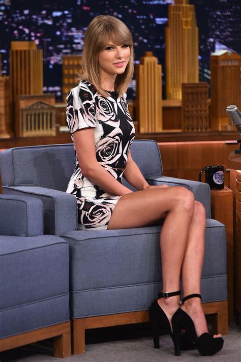 Taylor Swift Photos Photos   Taylor Swift Visits 'The