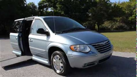 2005 Chrysler Town And Country by Wheelchair Handicap R 2005 Chrysler Town