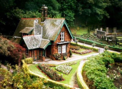 fairy tale house 46 awesome house like fairy tales curious funny photos