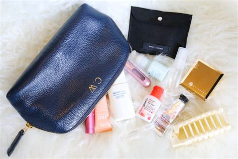 Inside My Makeup Bag 3 by What S In My Makeup Bag 2016 Mugeek Vidalondon