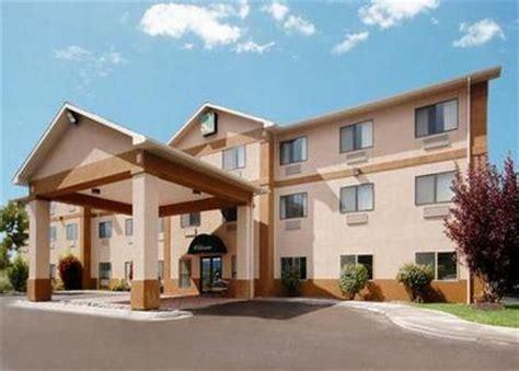 comfort inn montrose quality inn suites montrose deals see hotel photos
