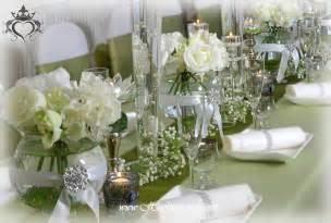 tischdeko vasen elegante und extravagante vasen f 252 r tischdekoration