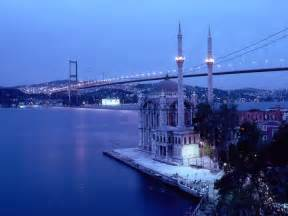 Chandelier For Rent Backpackers Travel Agency Istanbul City Tours