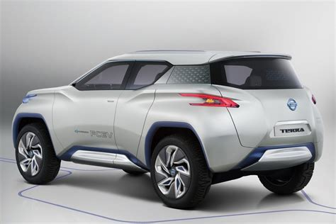 nissan to unveil electric suv in october