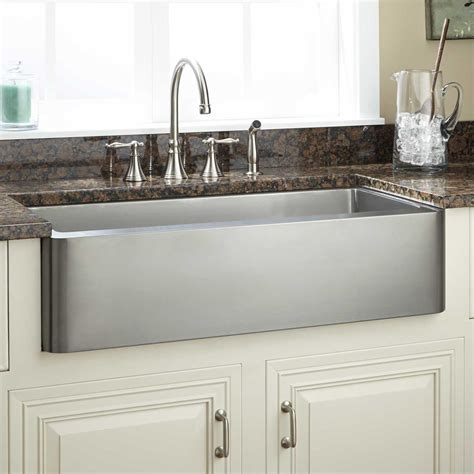 lowes farmhouse kitchen sink kitchen awesome lowes farmhouse kitchen sink sink kitchen