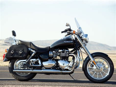 Triumph Motorrad America by 2010 Triumph America Motorcycle Delivers An Authentic