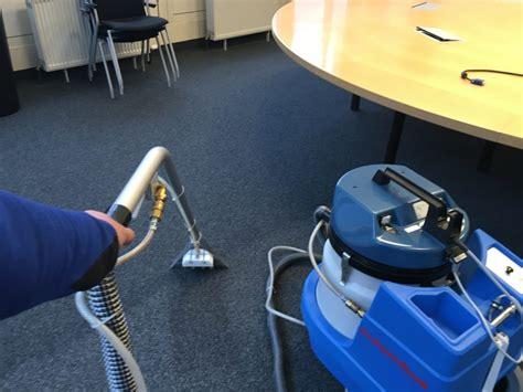 teppich reinigung münchen teppichreinigung a plus geb 228 udedienste
