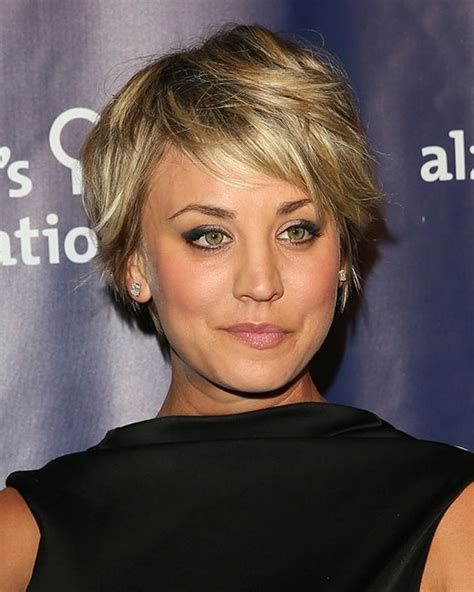 how does kaley cucco style her hair 10 times kaley cuoco gave us short hair envy and how to