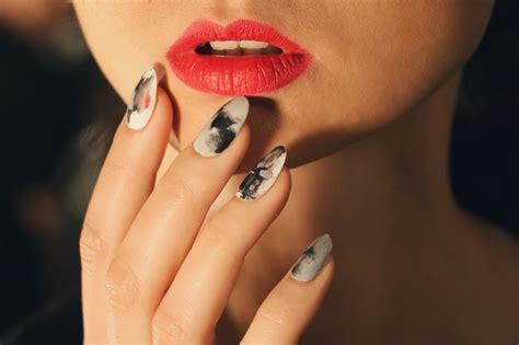 nail trends fall 2017 nail ideas the best fall nail trends to