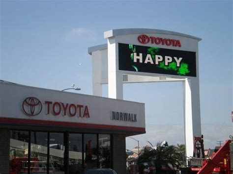 norwalk toyota service norwalk toyota norwalk ca 90650 car dealership and