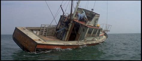 jaws head in boat 13 facts about jaws to sink your teeth into page 5 of