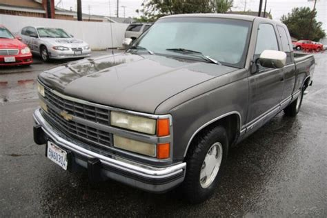 old car owners manuals 1992 chevrolet 1500 instrument cluster 1992 chevrolet silverado 1500 5 speed manual 8 cylinder no reserve classic 1992 chevrolet c k