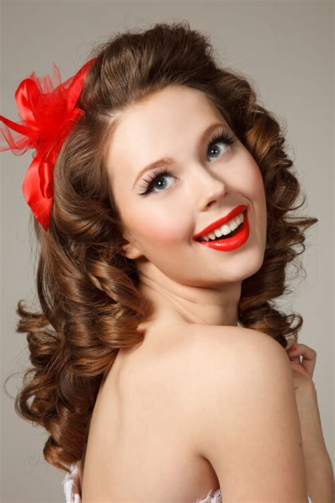 rockabilly bang curl 41 pin up hairstyles that scream quot retro chic quot tutorials