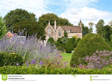 englisches gartenhaus ein englisches gartenhaus stockfotografie bild 10752862